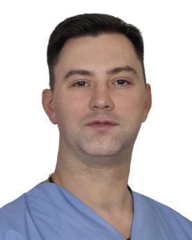 Мануальный-терапевт-MedSwiss-Гаккелевская-21-А-Виноградов-Максим-Валерьевич